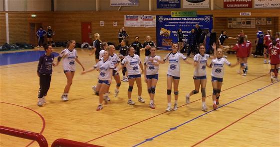 59b44d29 Tønsberg turn ble også slått 10-7, men i kvartfinalen mot Sarpsborg ble det  dessverre stopp.